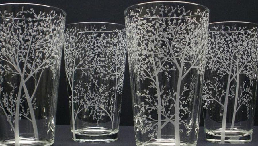 Гравировка на стеклянном бакале
